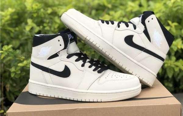 "Supreme x Nike SB Dunk Low Stars ""Hyper Blue"" DH3228-100"